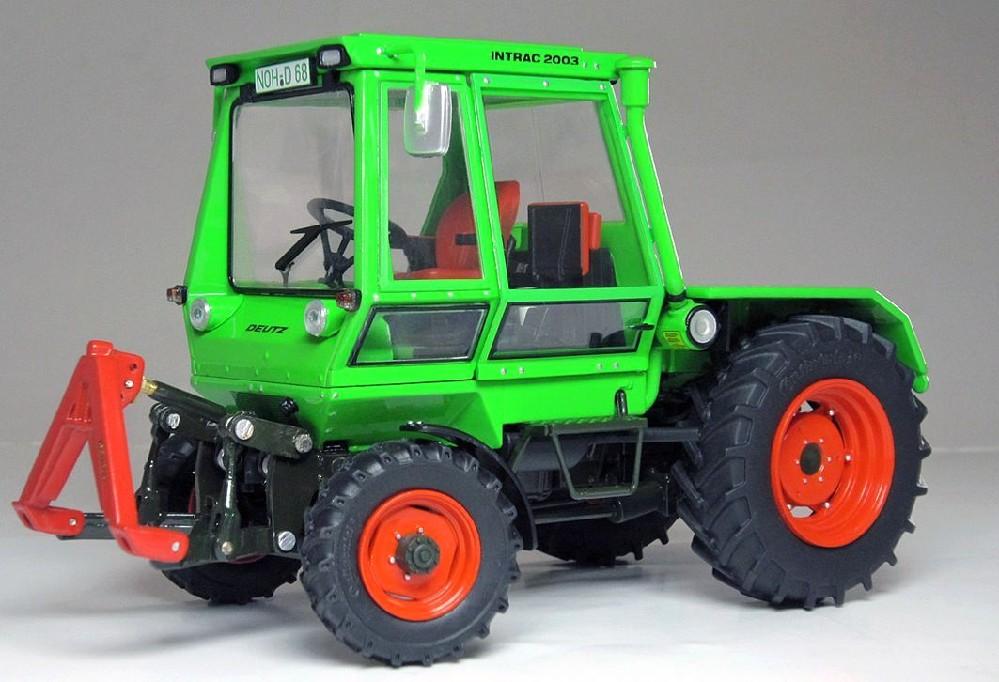 deutz intrac 2003 a 1 32 lkw modelle traktoren modelle. Black Bedroom Furniture Sets. Home Design Ideas