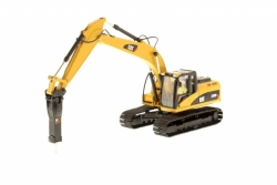 Cat 320D L Hydraulic Excavator with Hamm