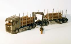 Scania CR730 V8 6x4 Holzhängerzug 1:25