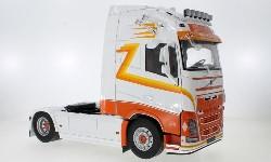 Volvo FH16 XL 4x2 Sattelzugmaschine 1:18