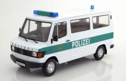 Mercedes 208D Bus 1988, weiß 1:18