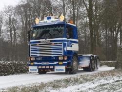 Scania 142 4x2 Sattelzugmaschine 1:50