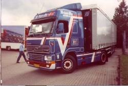 Volvo FH 12GL II Sattelzugmaschine 1:50