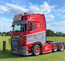 SCANIA S HIGHLINE 6X2 TWINSTEER   1:50