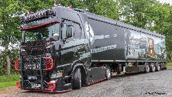 Scania CS20H Volumensattelzug 1:50